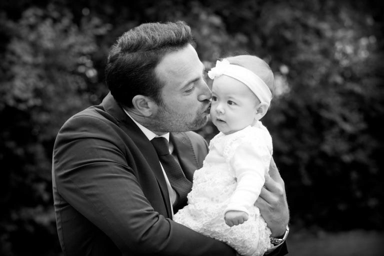 Taufe Tauffotografie Taufreportage Mama mit Tochter